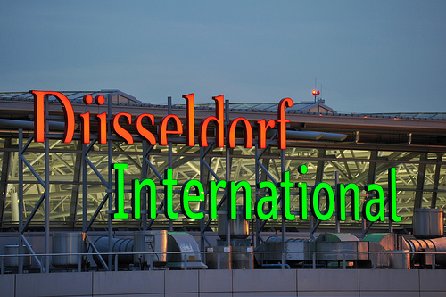 dusseldorf airport taxisu